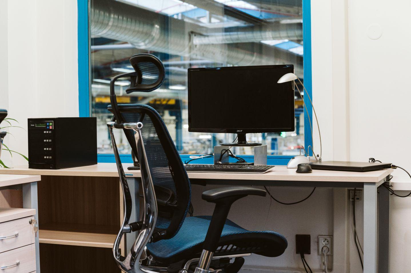 [Prípadovka] 3D návrh pomohol zvýšiť kapacitu kancelárie, zrýchliť dodanie aj ušetriť za nábytok na mieru