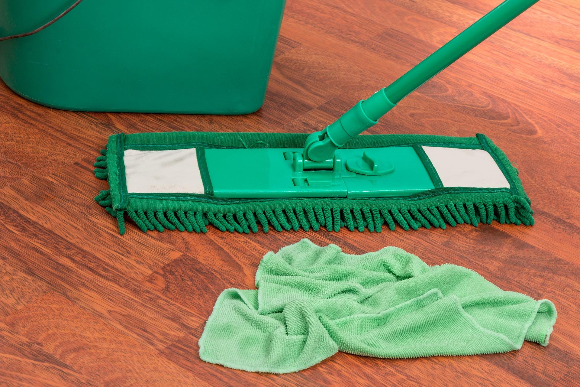 Stručný návod na správnu dezinfekciu plôch vpráci aj doma: prevezmite si ho alebo vytlačte