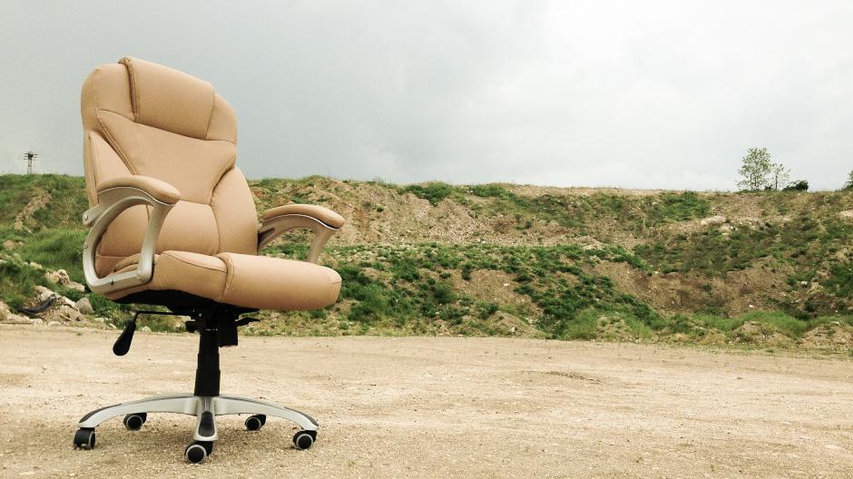 Ako si vybrať kancelársku stoličku, aby dlho vydržala abola pre zamestnancov pohodlná
